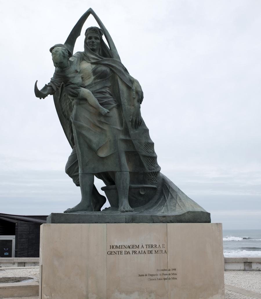 Estátua dedicada aos pescadores