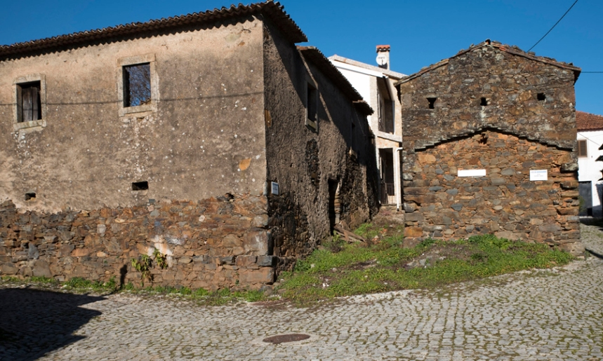 São poucas as casas com xisto visivel nas paredes