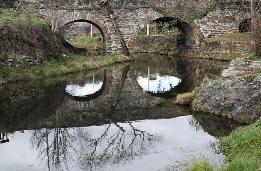 Uma das pontes
