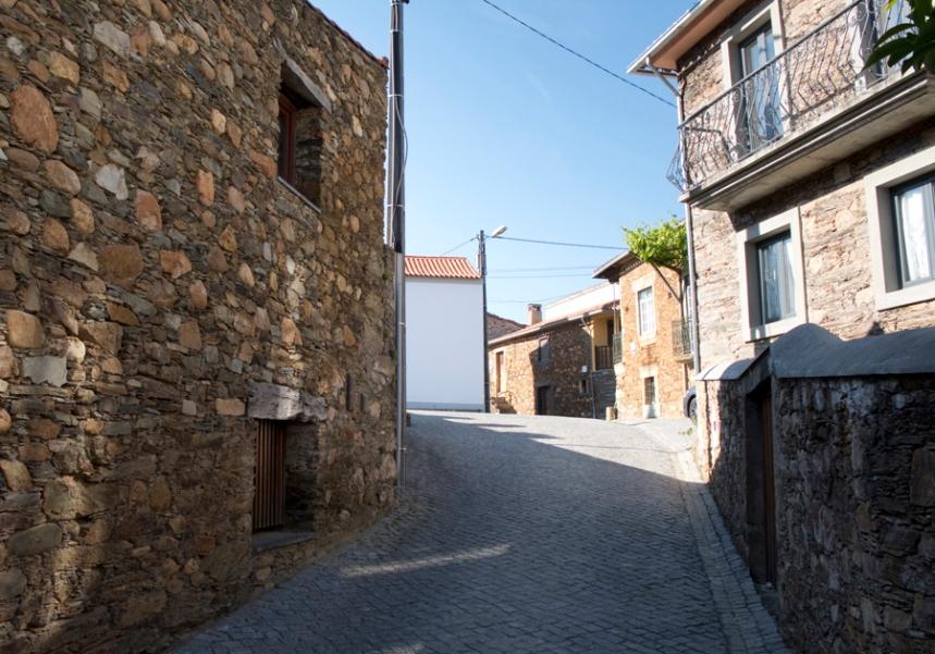 Rua em Janeiro de Baixo