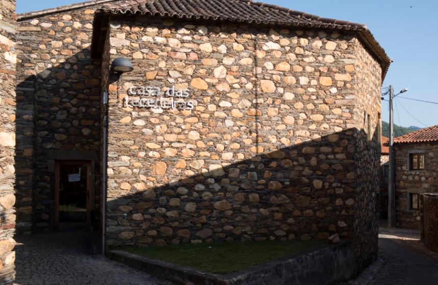 Casa das Tecedeiras