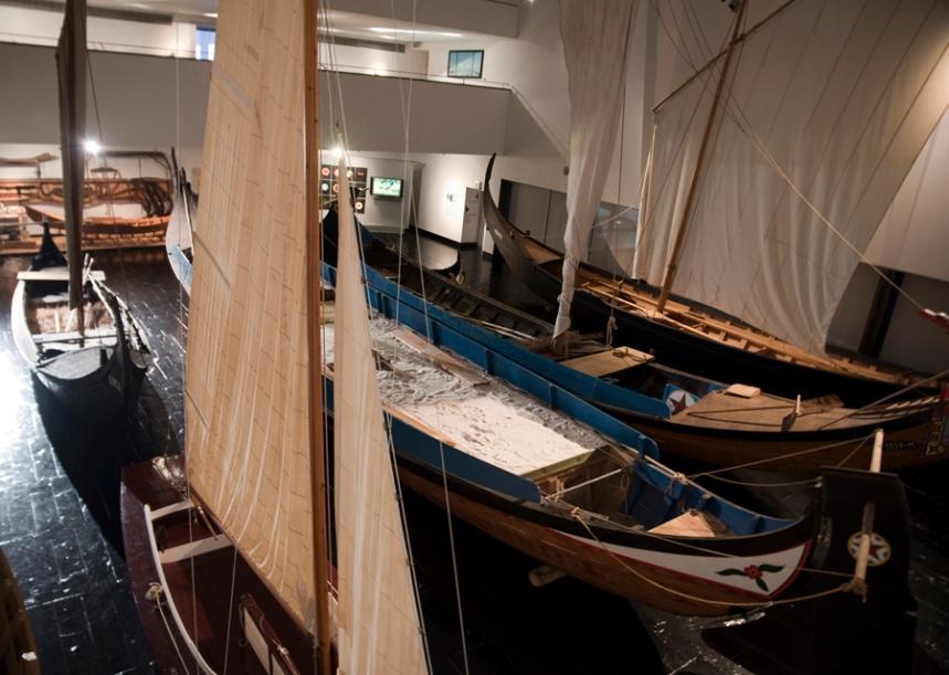 Sala das embarcações tradicionais da Ria de Aveiro