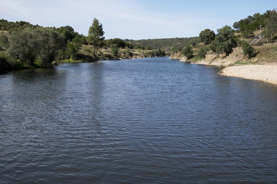 Rio Erges e a praia fluvial