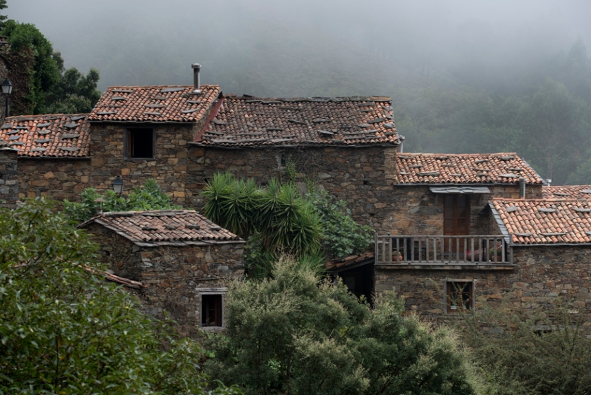 A aldeia renova-se nas últimas décadas após o abandono