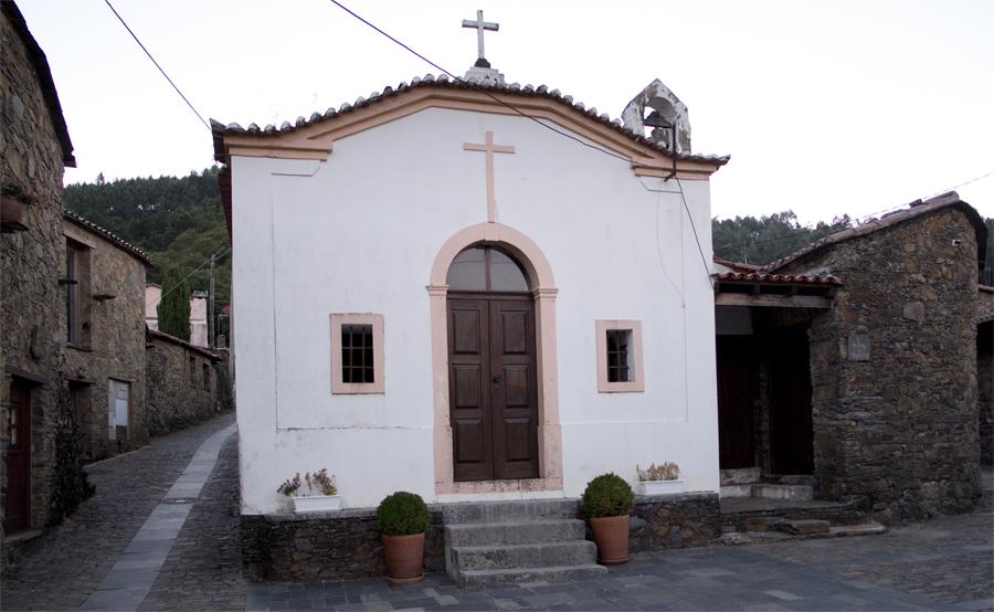 Capela de N. Senhora da Conceição rebocada