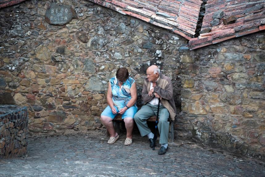 José Dia e a mulher à entrada de Gondramaz
