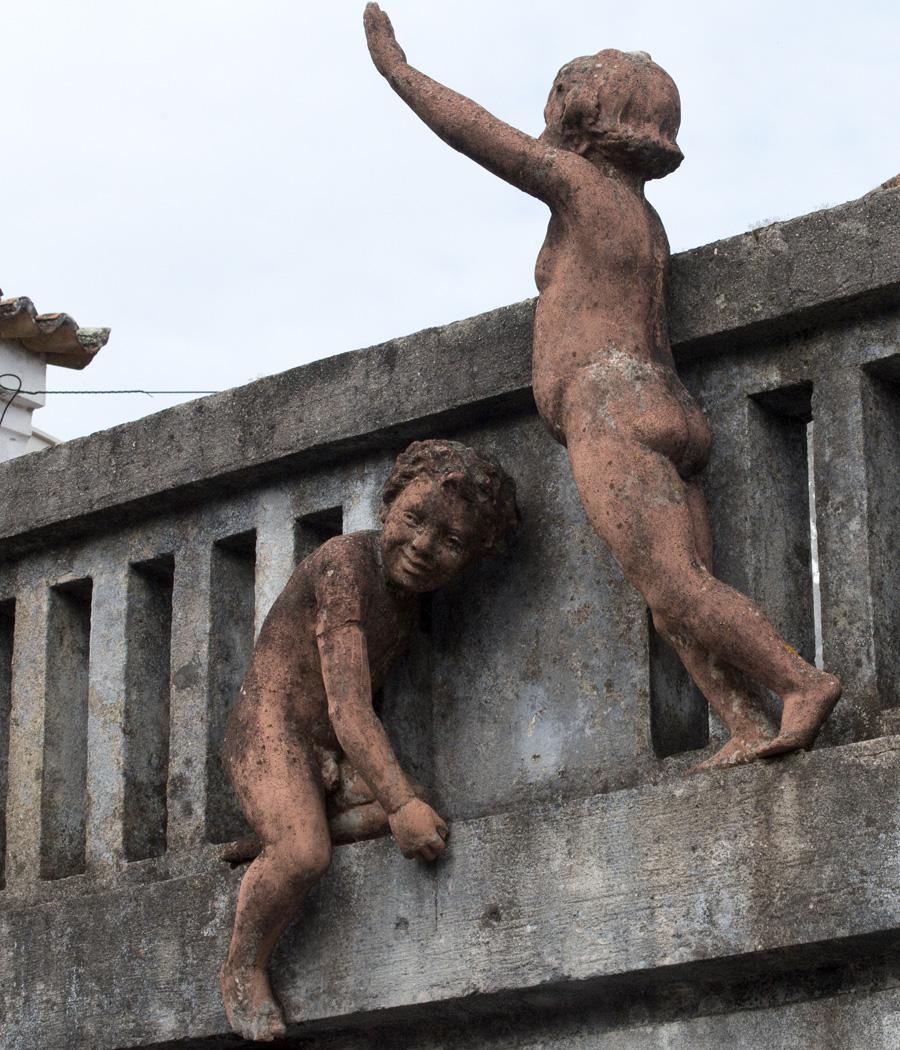 Esculturas do mestre Teixeira Lopes
