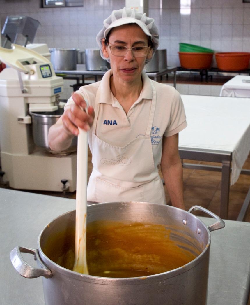 A fazer o creme das queijadas