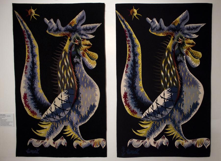 Uma tapeçaria francesa e outra de Portalegre (do lado direito). Jean Lurçat considerou a da Manufactura superior