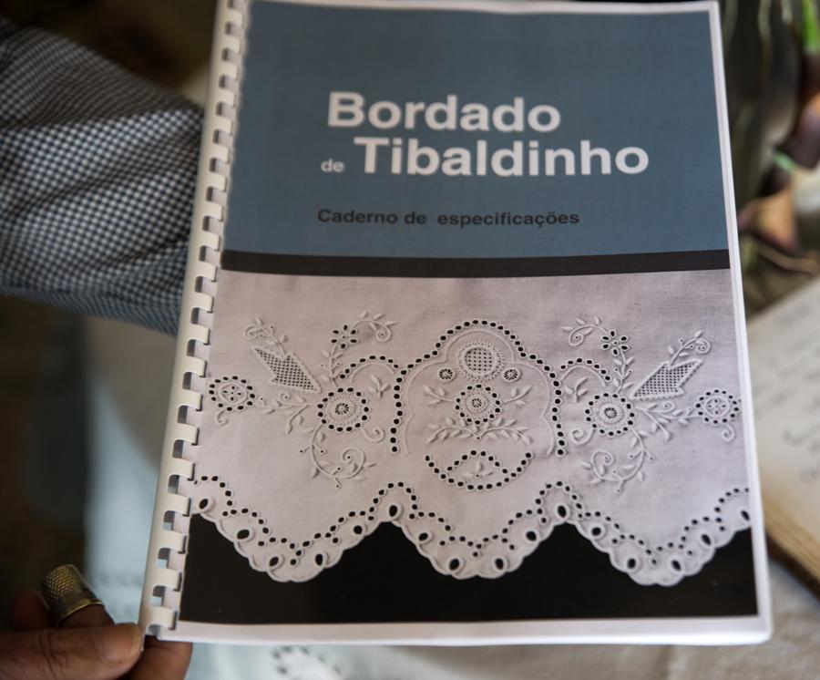 Inventariação e registo do Bordado de Tibaldinho