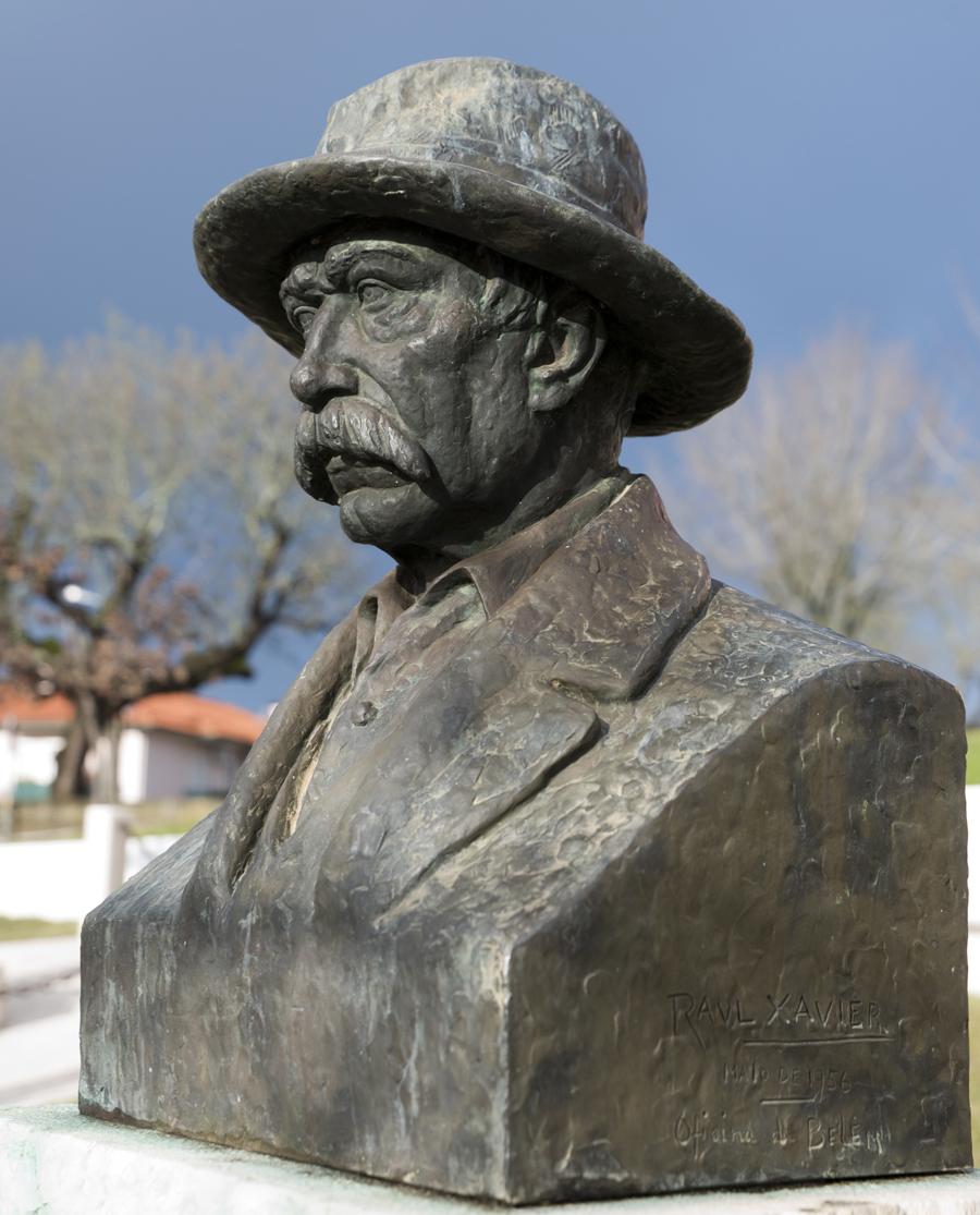 Busto de Manuel Alves