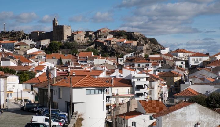 A vila e o castelo