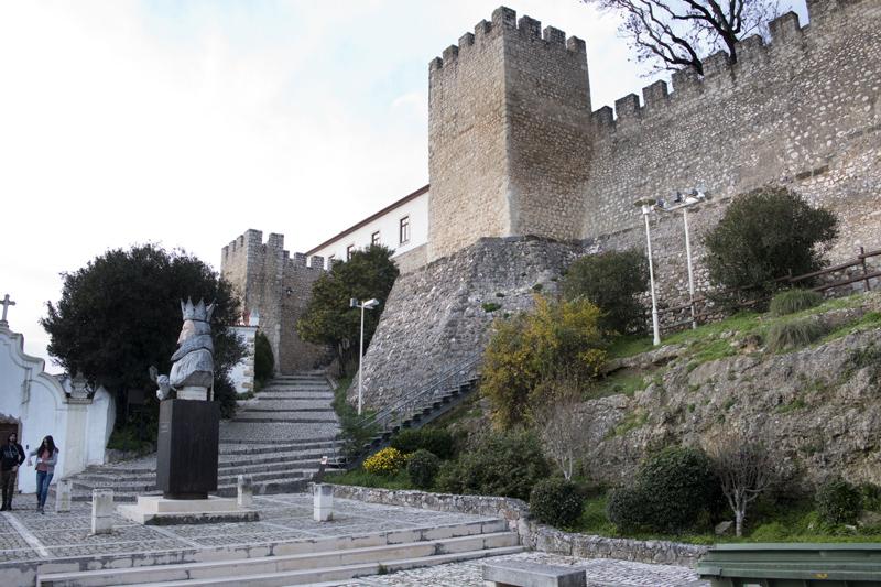 Uma das entradas do castelo