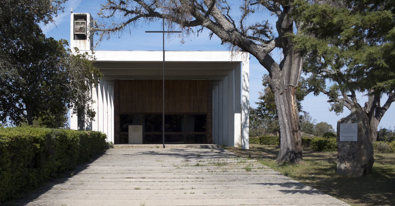 Igreja no Moderno Escondido