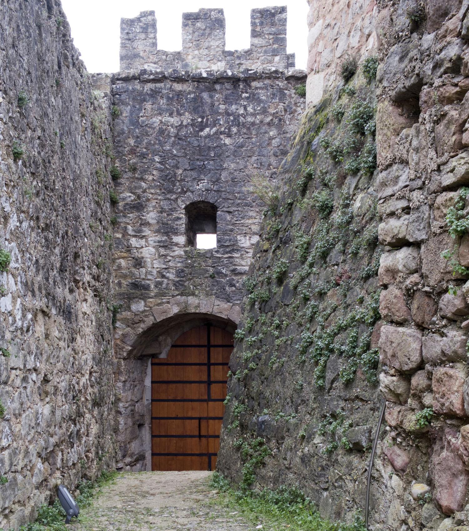 A primeira porta de acesso ao castelo
