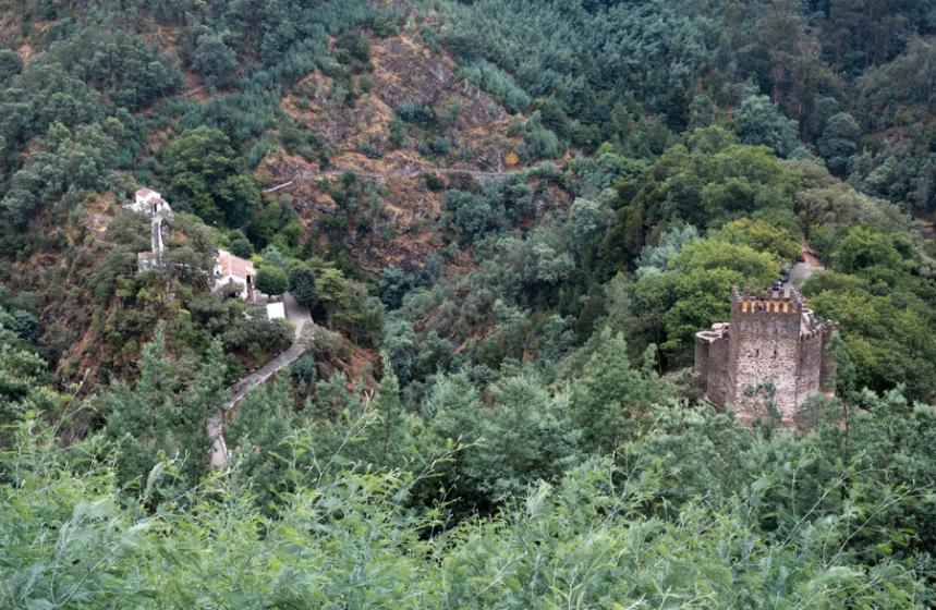 Castelo e Santuário de Nossa Senhora da Piedade vistos do miradouro