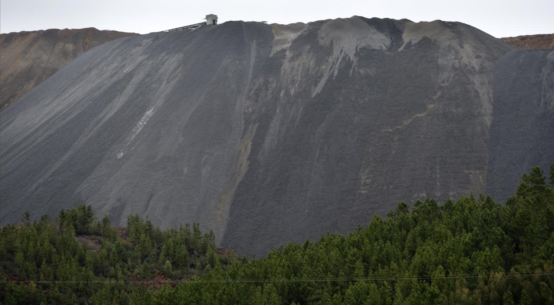 Escombreira em redor de Barroca Grande