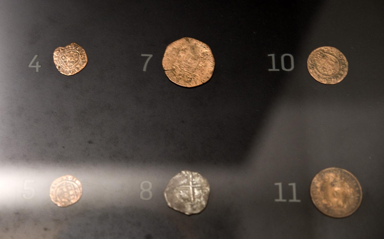 Cunho dos artesãos nas moedas