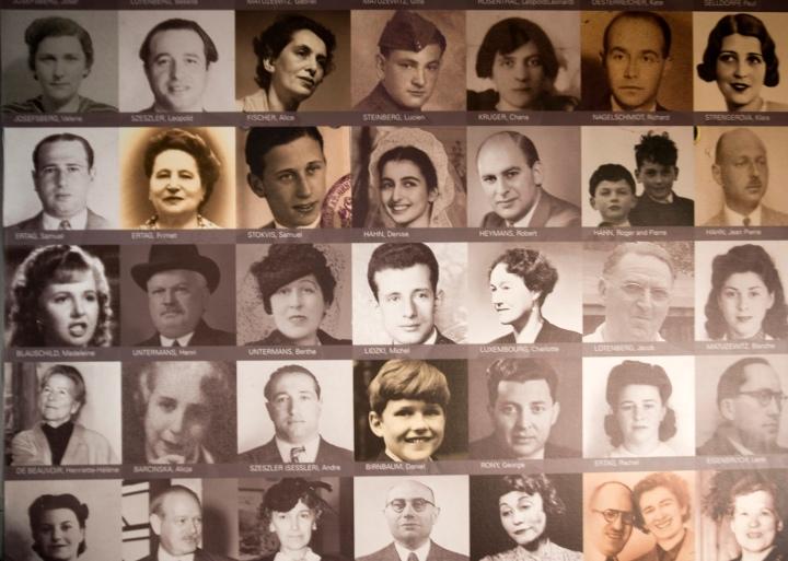 Rostos de refugiados que passaram por Portugal com um visto de Aristides de Sousa Mendes