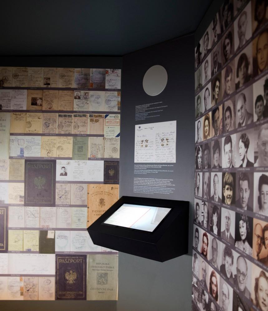 Está digitalizado o conjunto de vistos passados aos refugiados judeus por Aristides de Sousa Mendes