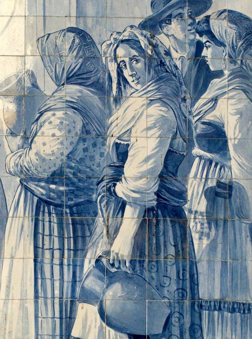 Alguns azulejos são etnográficos