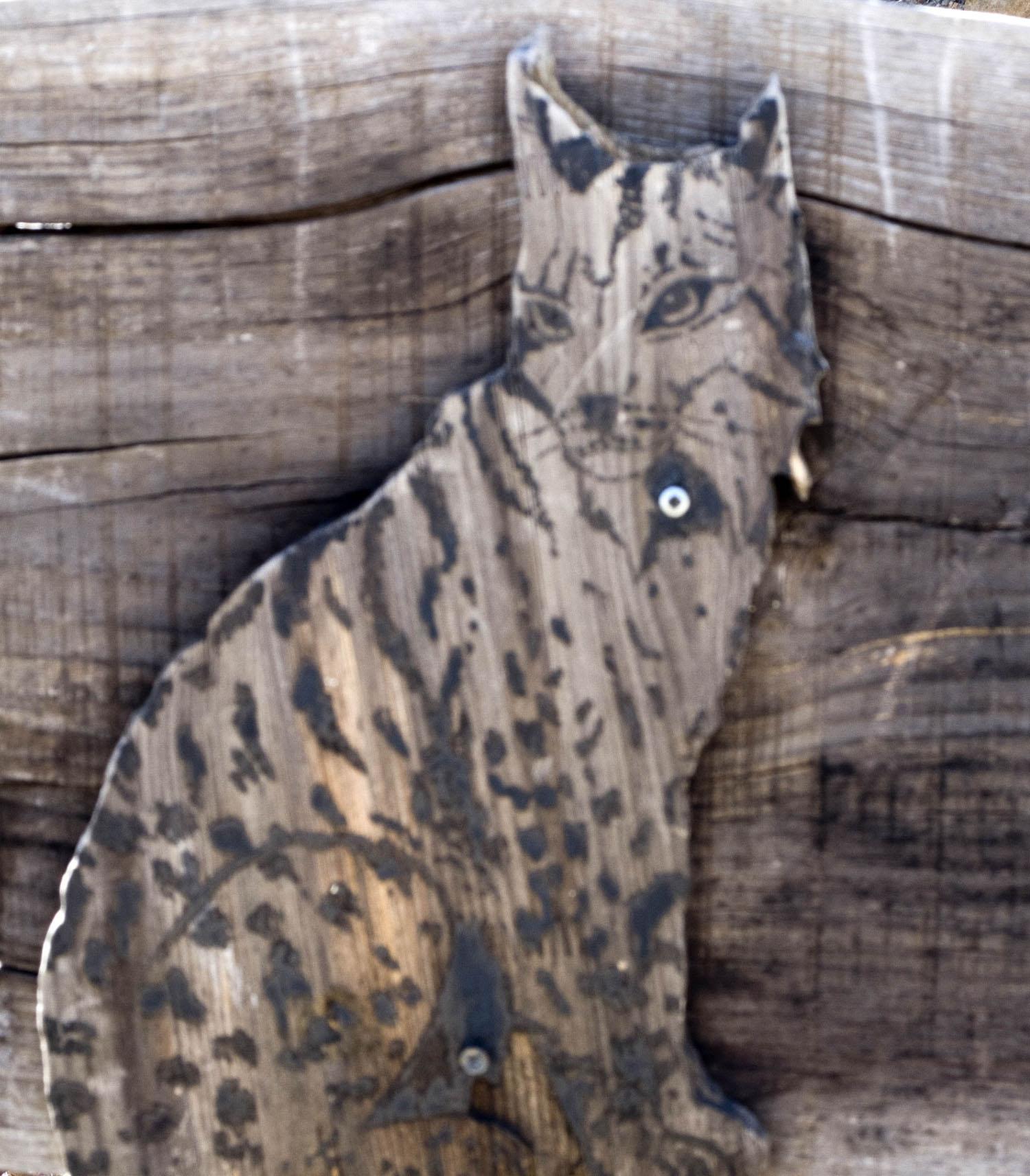 Representação de um lince numa placa da Reserva