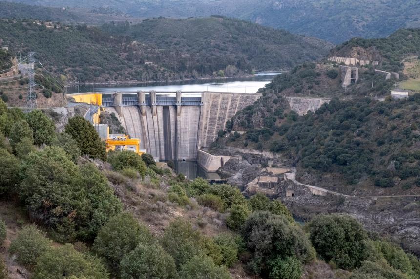 Vista da barragem e do Douro