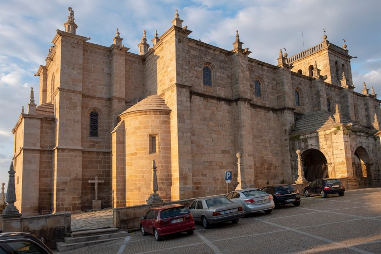 A surpreendente igreja de Torre de Moncorvo