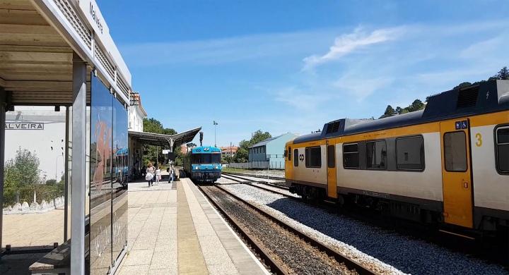 site_linha_oeste_malveira_comboios