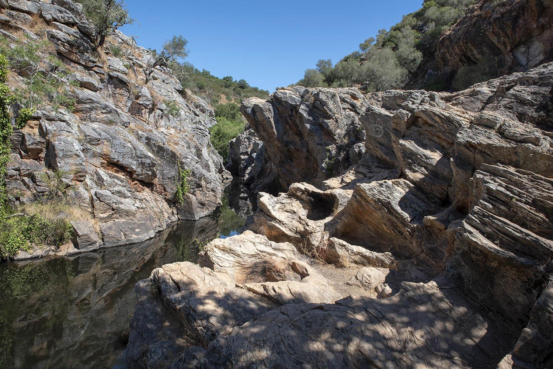 Os efeitos da erosão nas rochas