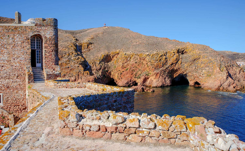 Vista do Forte para o Farol