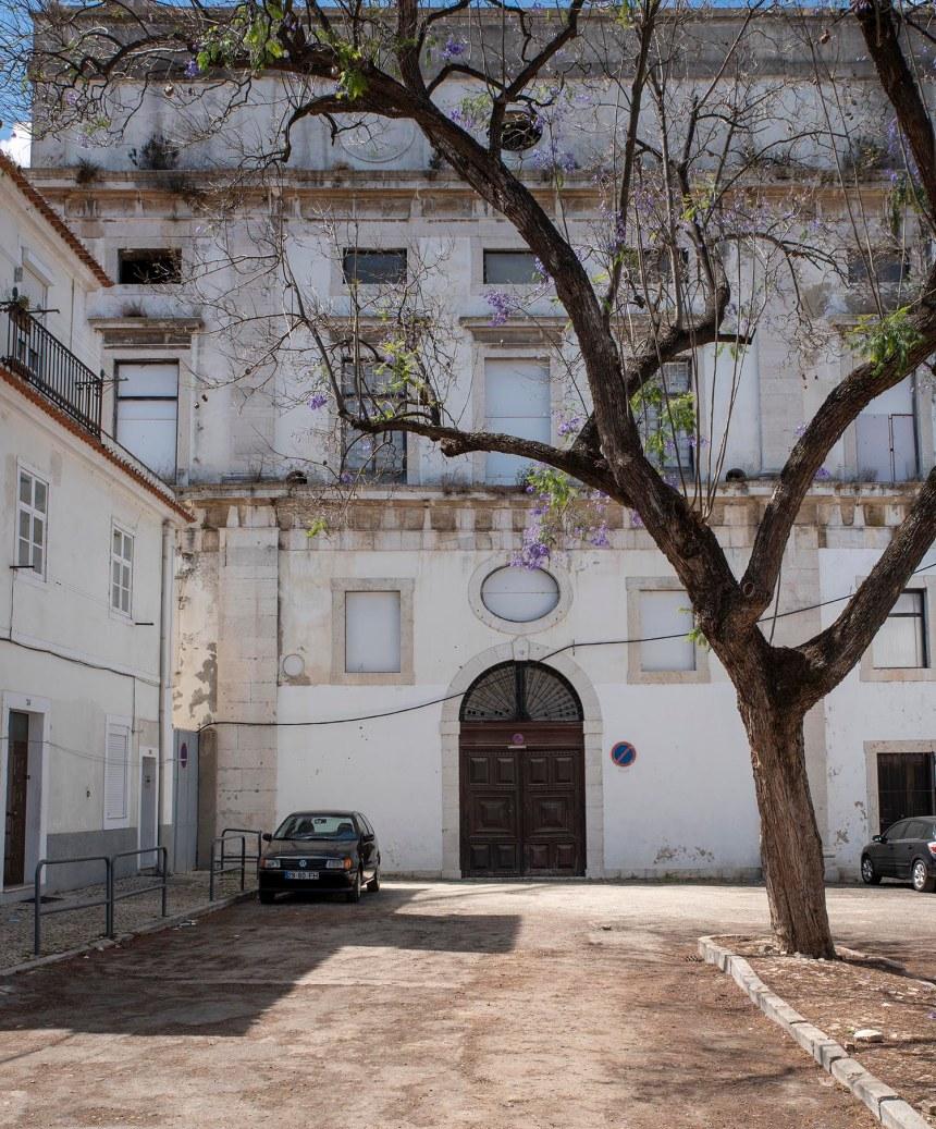 Antiga igreja ao lado do Convento do Beato