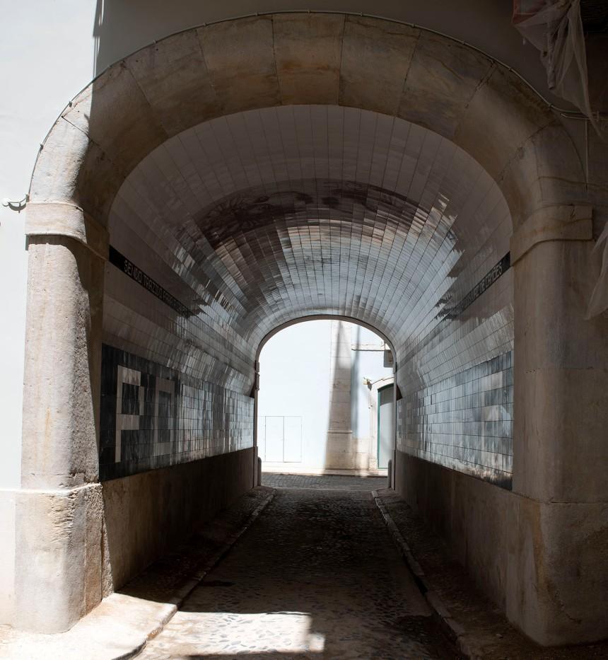 Passagem para o Tronco de Lisboa