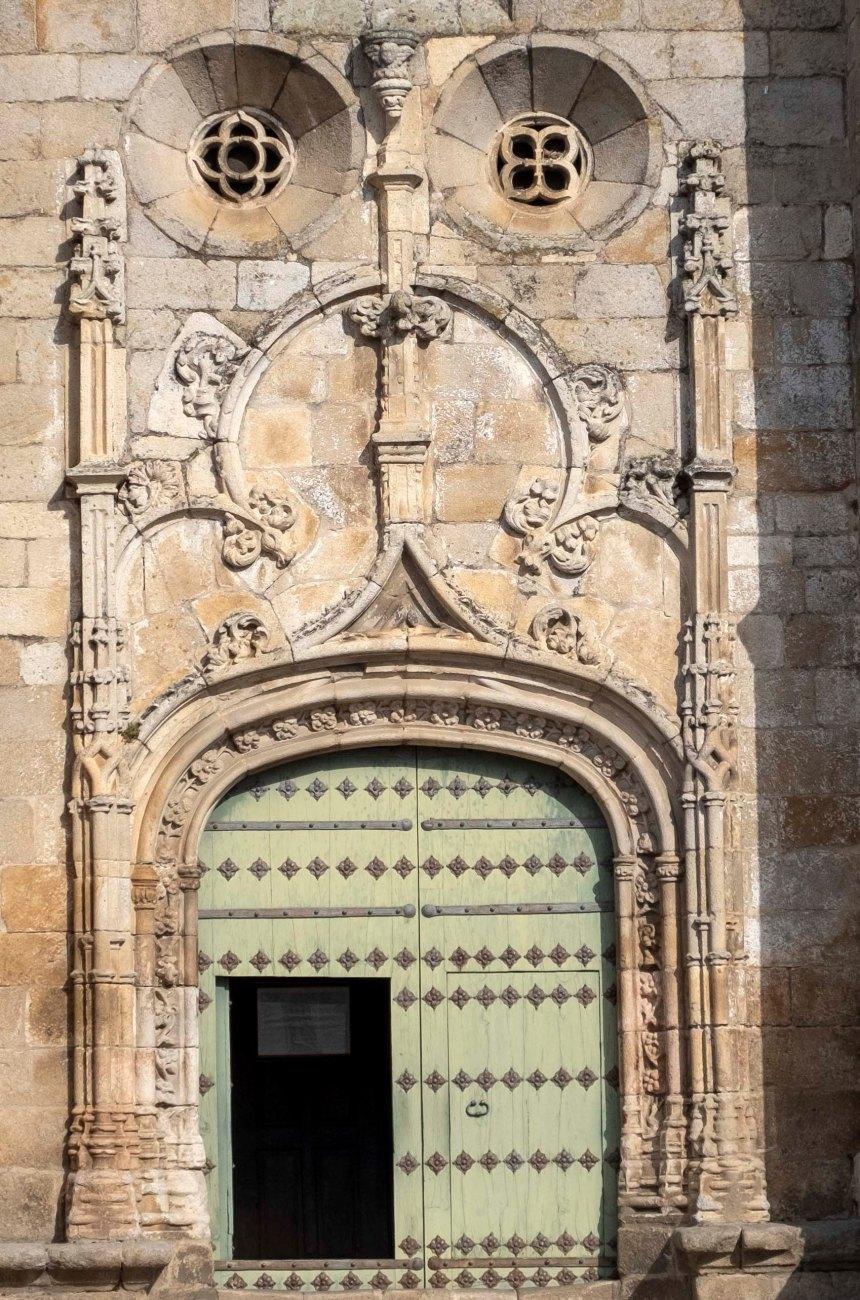 Entrada da igreja Matriz