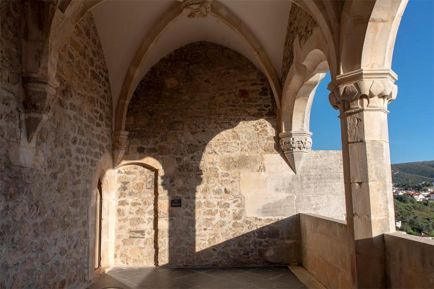 site_porto_mos_castelo_janela_8766
