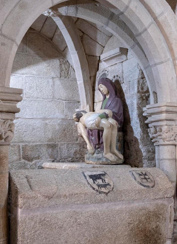 Pietá do séc. XIV