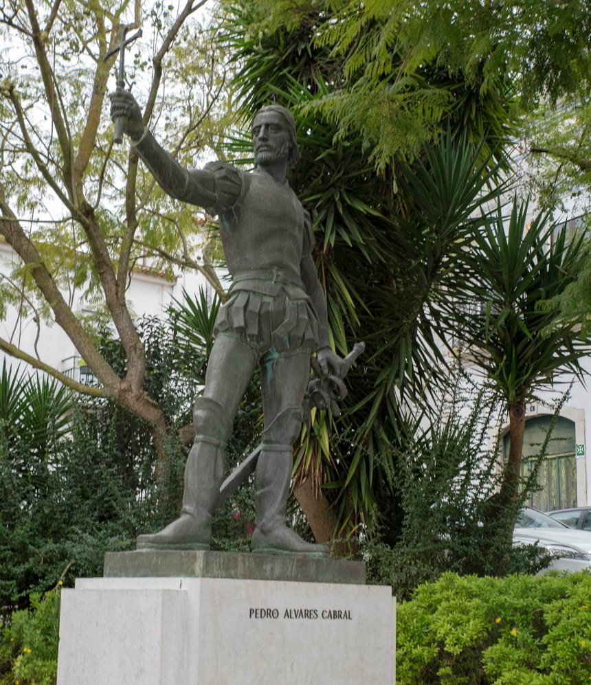 Estátua de Pedro Álvares Cabral em Santarém