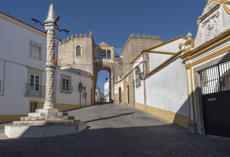 site_elvas_fortaleza_pelourinho_porta_3807