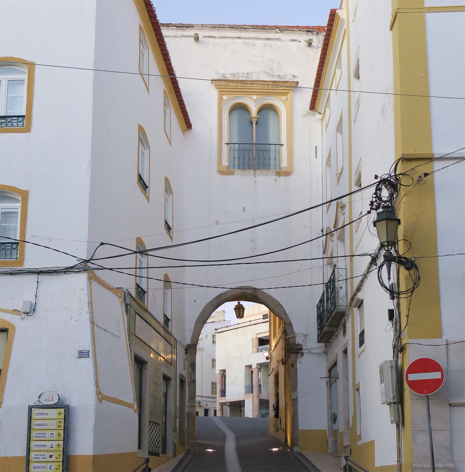 site_elvas_fortaleza_porta_1100