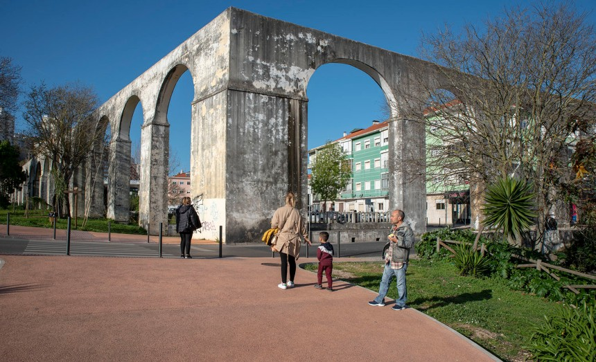 aqueduto da Ponte de Pedrinha em Queluz