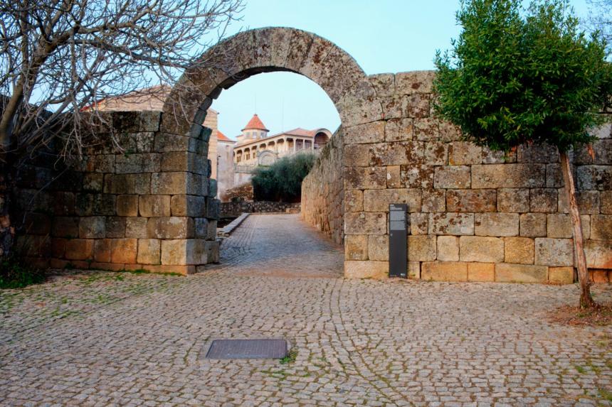 site_idanha_velha_porta_sul_hdr