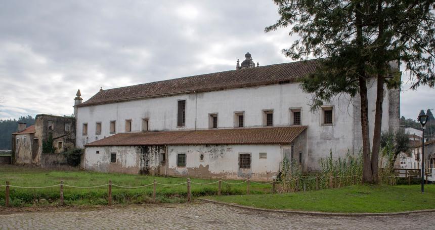 site_coz_mosteiro_exterior_8144