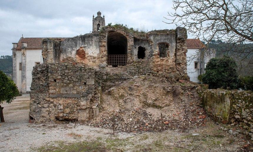 site_coz_mosteiro_exterior_8148