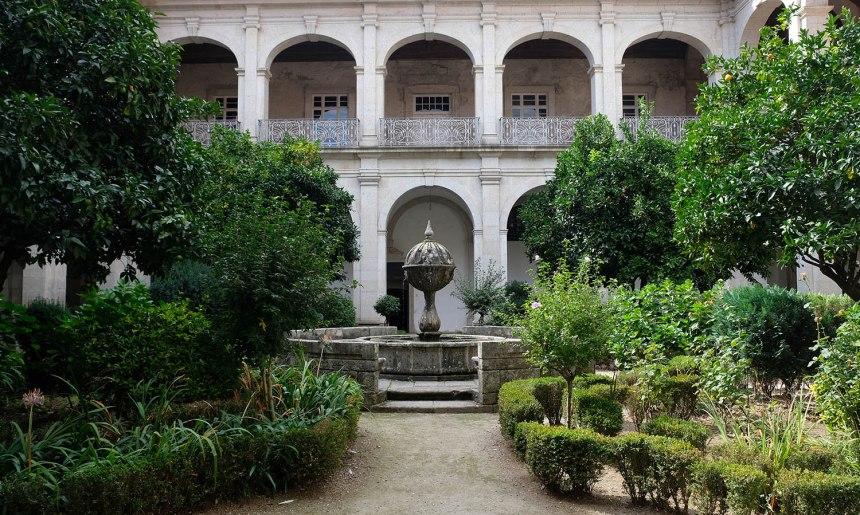 site_mosteiro_arouca_claustros_DSCF2608